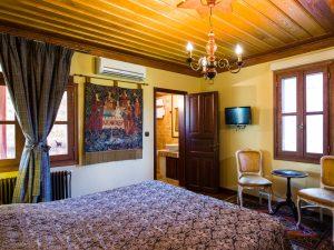 DELUXE ROOM KOKKINO SPITI – BOUTIQUE HOTEL – VERIA